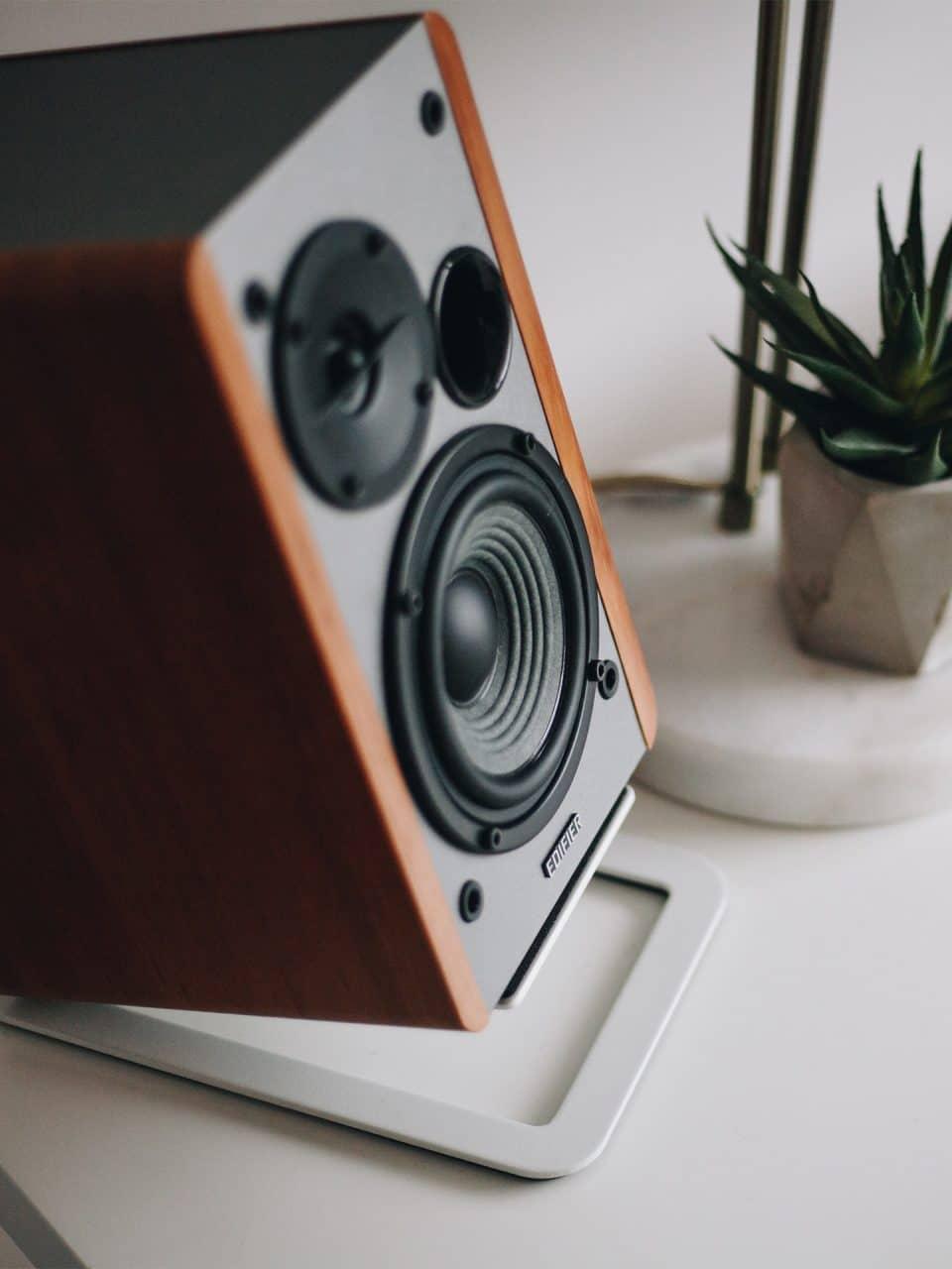 Image of speakers